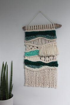 Macrame Wall Hanging Patterns, Weaving Wall Hanging, Boho Wall Hanging, Macrame Patterns, Wall Hangings, Weaving Projects, Macrame Projects, Weaving Designs, Macrame Design