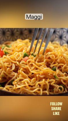 Maggi Recipes, Veg Recipes, Spicy Recipes, Coffee Recipes, Healthy Recipes, Fun Baking Recipes, Cooking Recipes, Vegetarian Fast Food, Chaat Recipe