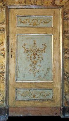 Original antique italian lacquered and decorated doors - Porte del Passato Antique Doors, Antique Paint, Old Doors, Windows And Doors, Painted Doors, Wooden Doors, Painted Cupboards, Italian Doors, Hand Painted Furniture