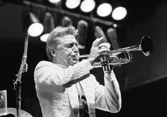 Doc Severinsen Doc Severinsen, Jazz Trumpet, Trumpet Players, Jazz Artists, Composers, Old Hollywood, Musical Instruments, Famous People, Musicians