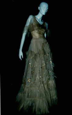 Couturier Hartnell, Norman  Type Even. dress/ball gown/ensemble  Country UK  Date 1930s