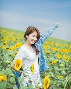 Beautiful Smile, Life Is Beautiful, Gorgeous Women, Real Beauty, Hair Beauty, Korean Beauty Girls, Asian Celebrities, Celebs, Uzzlang Girl