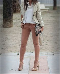 Outfit camel