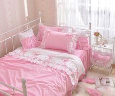 275 afbeeldingen over No place like home op We Heart It   Bekijk meer over room, pink en bedroom