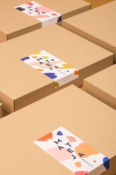 A Playful Branding for Mateja Kovač - Croatian Illustrator and Academic Painter - World Brand Design Kraft Box Packaging, Packaging Stickers, Food Packaging Design, Brand Packaging, Packaging Ideas, Simple Packaging, Cute Packaging, Arte Shop, Label Design