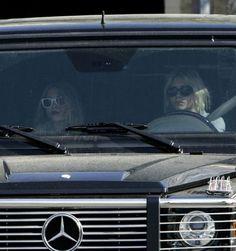 Ashley & Mary Kate Olsen - Olsens Anonymous