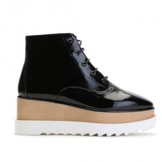 Giesel Stacked Flatform Ankle Boots in Black Patent