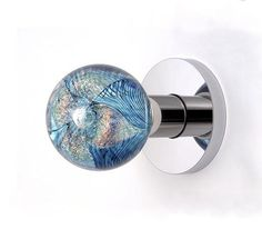 I didn't know there was ever a glass door knob like this. And now I want one! Glass Drawer Pulls, Glass Door Knobs, External Doors, Cool Doors, Blue Design, Door Knockers, Antique Glass, Cabinet Knobs, Door Handles