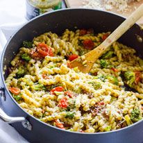 Pasta with pesto, tomatoes, and broccoli