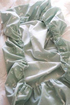 easy crib sheets! sewing tutorial