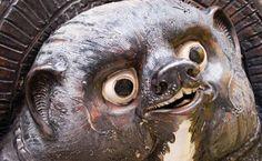 Estas son las ocho características definen al tanuki, uno de los 'yokai' que se encuentra en los clásicos folclores y leyendas de Japón y que se usa como amuleto de la prosperidad por una razón muy curiosa.El perro mapache o tanuqui (Nyctereutes procyonoides) es una especie de mamífero carnívoro, de aspecto semejante al mapache, originario de China oriental y Japón. Aunque su aspecto recuerda efectivamente a un mapache común, y...