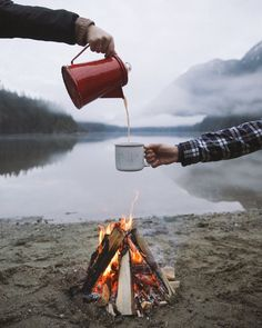 RV And Camping. Ideas To Help You Plan A Camping Adventure To Remember. Camping can be amazing. You can learn a lot about yourself when you camp, and it allows you to appreciate nature more. There are cheerful camp fires and hi Camping And Hiking, Camping Life, Backpacking, Camping Ideas, Camping Images, Camping Chair, Hiking Dogs, Camping Cabins, Camping Hammock