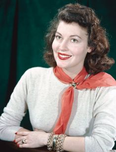American actress Ava Gardner , circa Get premium, high resolution news photos at Getty Images Ava Gardner, Hollywood Cinema, Classic Hollywood, Old Hollywood, Hollywood Style, Howard Hughes, 1940s Actresses, The Sun Also Rises, 1940s Hairstyles