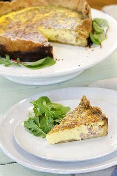 Den aller beste paien med bacon og ost! Bacon, Sandwiches, Cooking, Food, Cucina, Kochen, Essen, Cuisine, Paninis