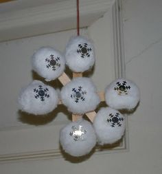 Easy preschool snowflake craft