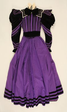 Purple wool and silk suit with metallic thread embroidery (back, without jacket), by James McCreary and Co., American, 1894-96.