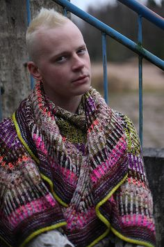 Ravelry: Briochexplosion pattern by Stephen West