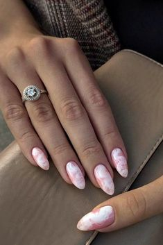 The Best Wedding Nails 2019 Trends wedding nails 2019 pink with white smokey effect simple. Gradient Nail Design, Gradient Nails, Rainbow Nails, Gold Nails, Pink Nails, My Nails, Acrylic Nails, Galaxy Nails, Cute Nails