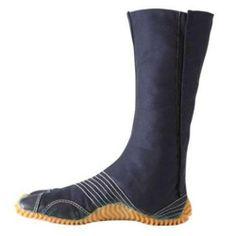 Jog: Ninja Training Running Shoes / Japanese Tabi Boots! (Marugo - From Japan!) (JP 25 (US 7 / EU 39)) Samurai market,http://www.amazon.com/dp/B00AJEOJGS/ref=cm_sw_r_pi_dp_-LDytb1MTR3MBX9N