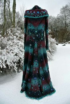 Fairy coats , Grimm favourite winter fashions, embellished with felted hoods and crochet woolly fringes and flowers, style inspiration – Winter Coat Boho Outfits, Pretty Outfits, Beautiful Outfits, Vintage Outfits, Fashion Outfits, Gypsy Style, Bohemian Style, Boho Chic, Flower Fashion