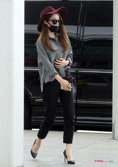 Jiyeon of T-ara airport fashion