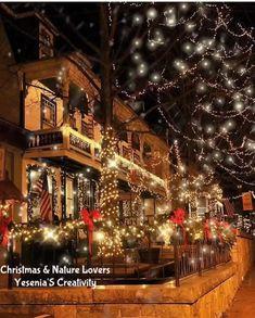 Winter Christmas Scenes, Christmas Scenery, Christmas Thoughts, Merry Christmas Images, Christmas Porch, Christmas Mood, Christmas Music, Christmas Humor, Christmas Greetings