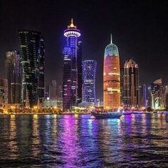 Places To Travel, Places To See, Qatar Travel, Hong Kong Itinerary, Night Skyline, Qatar Doha, Travel Souvenirs, World Cities, Famous Places