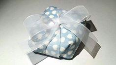 Embalagem para bem-casado em tecido estampado e fita com laço