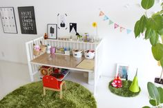 IKEAのベビーベッドをリメイク! - かざぐるまの家で暮らす Baby Playroom, Baby Room, Ikea Baby, Kids Zone, Diy Bed, Kid Spaces, Kidsroom, Kids And Parenting, Ideal Home