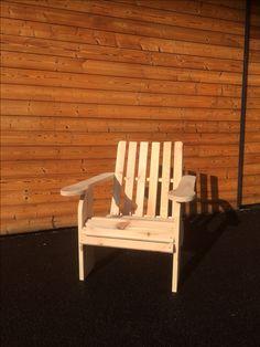 chaise de jardin , fauteuil de jardin , chaise à peindre ou à vernir , relax , bronzer, farniente