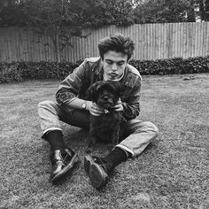 blake with a dog 🥰 New Hope Club, A New Hope, Why I Love Him, My Love, Kisses Back, Blake Richardson, Blake Edwards, Reece Bibby, British Boys