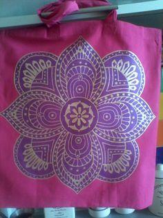 Холщевая сумка с росписью по ткани.Занимаюсь росписью по ткани,качественными красками,возможна роспись на заказ,пишите.