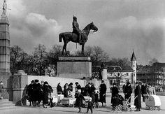 Berlin 1939 Kaiser Friedrich Denkmal am Luisenplatz in Charlottenburg