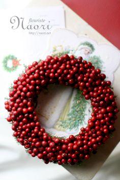 Christmas wreath 2013 クリスマスリース Ornament Wreath, Ornaments, Xmas Wreaths, Seasons, Holiday Decor, Handmade, Crafty, Winter, Christmas Decor