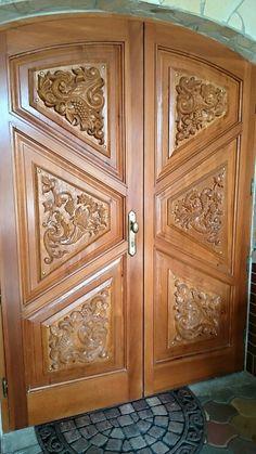 See 29 photos and 1 tip from 797 visitors to Egerszalók. Wooden Front Door Design, Double Door Design, Wooden Front Doors, Door Design Images, Home Door Design, Classic Doors, Double Entry Doors, Unique Doors, Carved Door