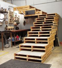 If I had a house....with a basement... I would SO ask work if I could take some pallets. This is such a cool idea! <3
