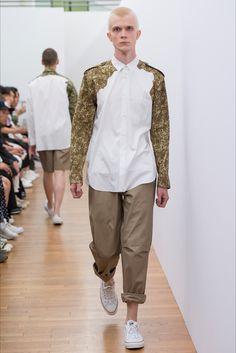 http://www.vogue.it/uomo-vogue/sfilate/sfilata/primavera-estate-17/comme-des-garcons-shirt