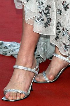Whoa. What celebrities bunions are those? If only she had worn shoes or sandals from Meanfeet - the most comfortable shoes you will ever wear - www.meanfeet.co.uk