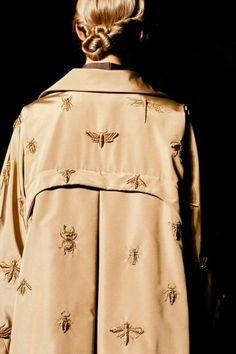 Valentino Fall 2013 Haute Couture Social Network Software www.megastarmedia… Valentino Fall 2013 Haute Couture Social Network Software www. Fashion Week, Look Fashion, Fashion Details, Fashion Design, Couture Details, Korean Fashion, Spring Fashion, Net Fashion, Classy Fashion