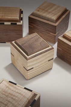 Wooden Box Plans, Wooden Tool Boxes, Wooden Jewelry Boxes, Wood Boxes, Wooden Projects, Wood Crafts, Wood Box Design, Small Wooden Boxes, Woodworking Inspiration