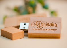 Wooden flash drives for Photography by Marirosa