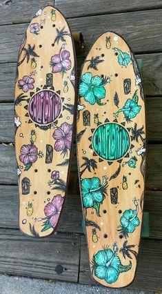 CaliFlorida Longboards the blue one😍😍 Skateboard Deck Art, Penny Skateboard, Skateboard Design, Skateboard Girl, Surfboard Art, Longboard Design, Skate Girl, Cool Skateboards, Skate Style