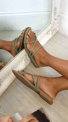 our DILLON sandals feature faux leather material, strappy crossover design with toe post and comfy sole. Flat Sandals Outfit, Strappy Flats, Fashion Sandals, Brown Sandals, Korean Sandals, Leather Socks, Cute Prom Dresses, Ebony Girls, Green Shoes