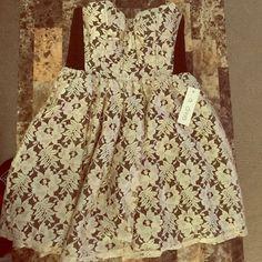 Nice Lace Beige Or Goldish Dress