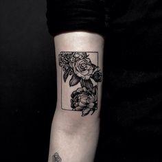 Berkin Dönmez No Regrets Tattoo Co. Tattoos 3d, Badass Tattoos, Rose Tattoos, Sexy Tattoos, Flower Tattoos, Body Art Tattoos, Tattoo Drawings, Small Tattoos, Tattoos For Guys