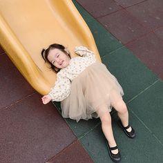 Kids Girls, Little Girls, Baby Kids, Baby Pictures, Baby Photos, Cute Kids, Cute Babies, Little Girl Fashion, Family Goals