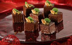 Vánoční Sacher čtverečky » Pečení je radost