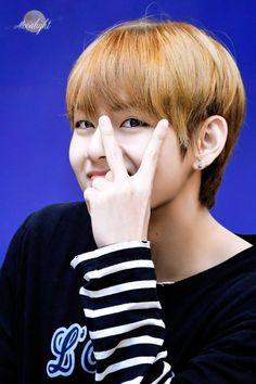 #뷔 #V #TAEHYUNG #태형  #BTS #방탄소년단 Bts, Taehyung