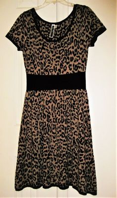 8335d141be6 Julina Taylor  Woman s animal print black and gold dress size Lg.  fashion