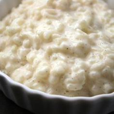 Creamy Stovetop Rice Pudding This is a lovely creamy rice pudding that is very simple to make.I got this recipe many, many years ago from a local farm paper. It is the best rice pudding I've ever tasted. Creamiest Rice Pudding Recipe, Rice Pudding Recipes, Keto Pudding, Pudding Desserts, Dessert Recipes, Rice Puddings, Stovetop Rice Pudding, Creamy Rice Pudding, Arborio Rice Pudding